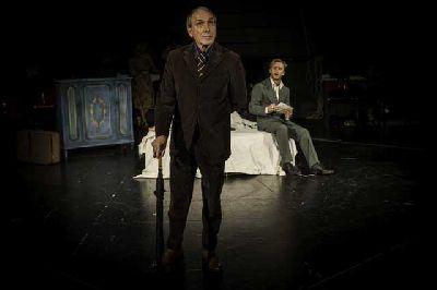 Foto de la obra El sirviente con Eusebio Poncela y Pablo Rivero