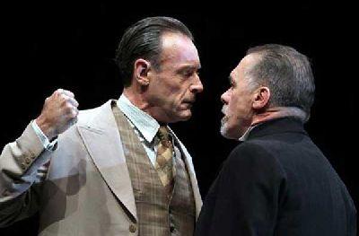 Teatro: El veneno del teatro en el Teatro Lope de Vega Sevilla