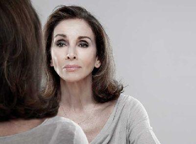 Foto promocional de Ana Belén para la obra Eva contra Eva