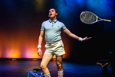 Foto promocional de la obra de teatro Fabiolo Connection