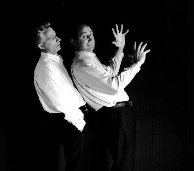 Teatro: GMP. Gestos, muecas y posturitas en la Sala Cero Sevilla