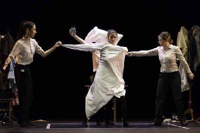 Teatro: Interrupted en La Fundición Sevilla