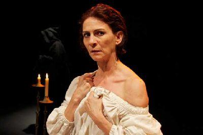 Teatro: Juana, la reina que no quiso reinar en el CICUS Sevilla