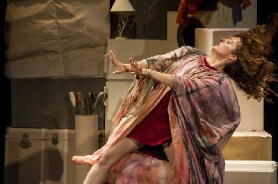 Foto promocional de la obra teatral La buscona de la compañía Trastero 203