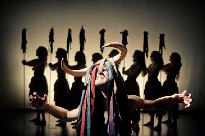 Teatro: Las Bacantes en el Teatro Salvador Távora de Sevilla