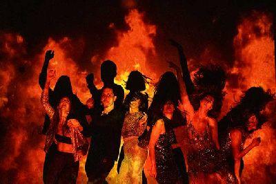 Foto promocional de Las que arden de Teatro a pelo - La ejecutora