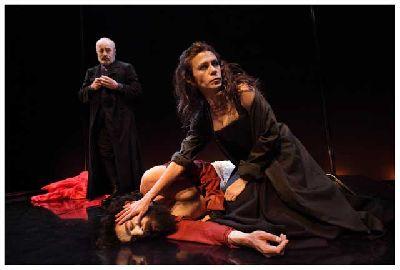 Teatro: La vida es sueño (vv. 105-106) en el Teatro Central de Sevilla