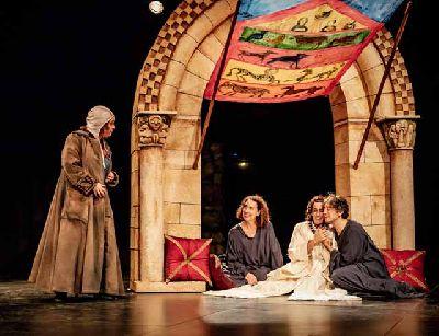 Foto promocional de la obra Libro de Buen Amor de la compañía Teatro Guirigai