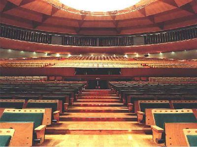 Imagen del interior del Teatro de la Maestranza de Sevilla