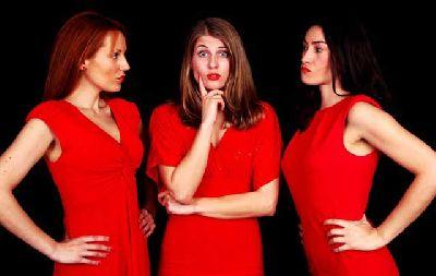 Teatro: Mujeres al rojo vivo en La Imperdible de Sevilla