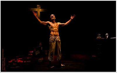 Teatro: El profeta loco en La Fundición de Sevilla