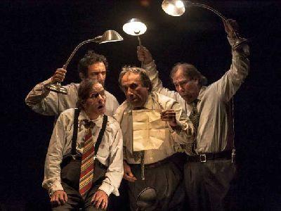 Teatro: El régimen del pienso en el Central de Sevilla