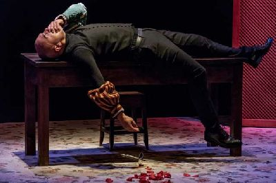 Teatro: Romeo & Juliet en La Fundición Sevilla (marzo 2018)