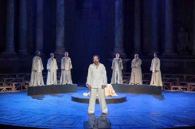 Teatro: Sócrates, juicio y muerte a un ciudadano en el Teatro Lope de Vega de Sevilla