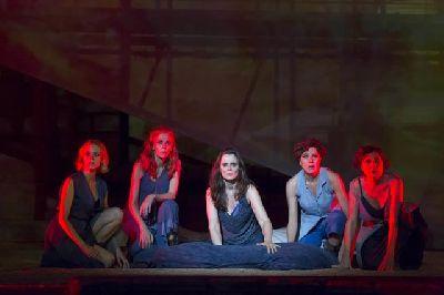 Teatro: Troyanas en el Teatro Lope de Vega de Sevilla