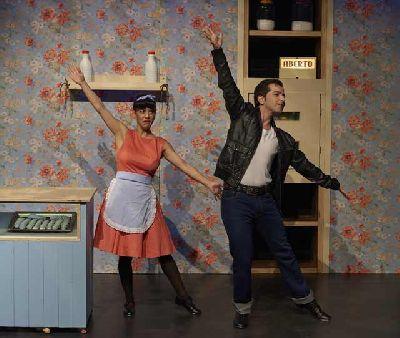 Foto promocional de la obra ¡Ummm! Una comedia musical... para chuparse los dedos