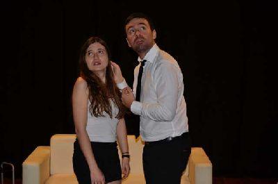 Teatro: Vecinos en La Imperdible de Sevilla