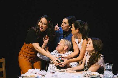 Teatro: Verano en diciembre en el Teatro Central de Sevilla