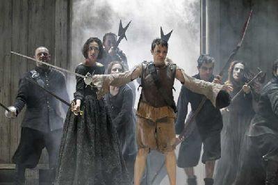 Teatro: La vida es sueño en el Lope de Vega de Sevilla