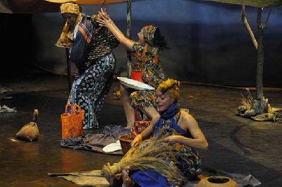 Teatro infantil: Wangari, la niña árbol en el Centro TNT Sevilla