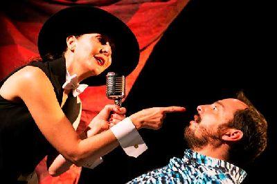 Imagen promocional de la obra de teatro ¿Y ahora qué?