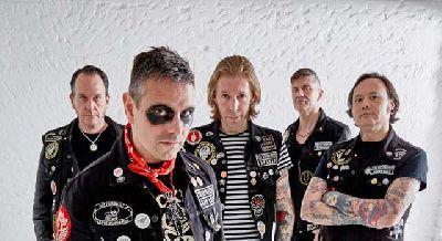 Foto promocional del grupo The Hip Priests