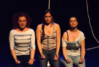 Teatro: (Des)de los escombros, Estrénate en el CICUS de Sevilla