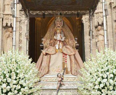 Procesión de la Virgen de los Reyes en Sevilla 2016