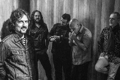 Foto promocional de la banda Zaguán